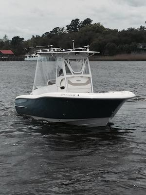 Used Pioneer 222 Sportfish Sports Fishing Boat For Sale