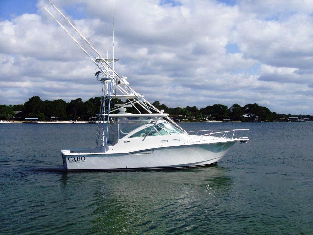 2007 used cabo 35 express35 express sports fishing boat for Express fishing boats for sale