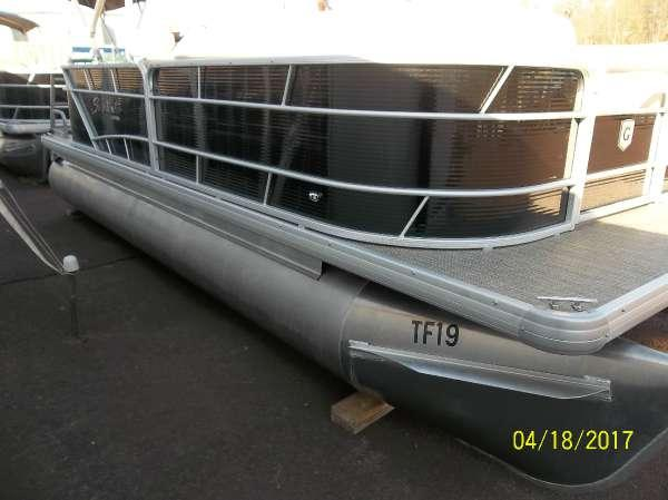 New Sweetwater SW 2086 FC Pontoon Boat For Sale