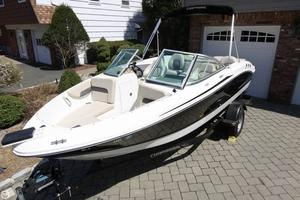 Used Chaparral H2O Ski & Fish Bowrider Boat For Sale