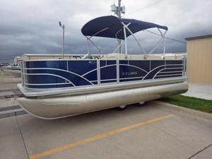 Used Sylvan Mirage Fish 820 4-PT Pontoon Boat For Sale