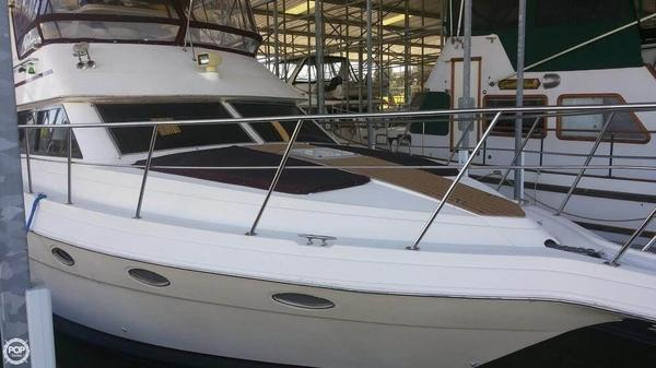 Used Cruisers Yachts 3950 Cruiser Boat For Sale
