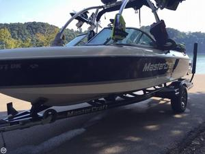 Used Mastercraft 205V Ski and Wakeboard Boat For Sale