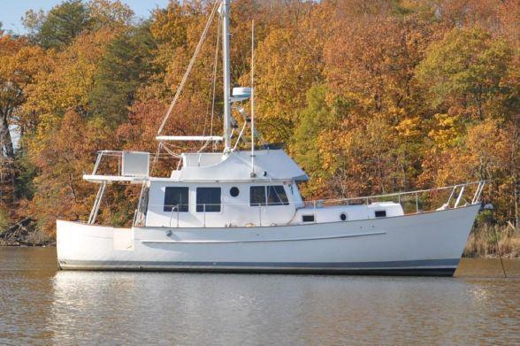Used Willard 40 Trawler Boat For Sale