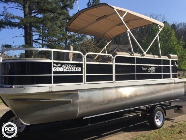 Used Suncatcher V20FC Pontoon Boat For Sale