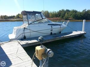 Used Bayliner 2452 Express Cruiser Boat For Sale