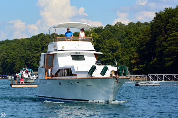 Used Trojan F44 Motor Yacht Cruiser Boat For Sale
