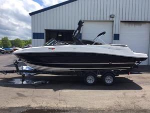 New Bayliner VR6 Bowrider Boat For Sale