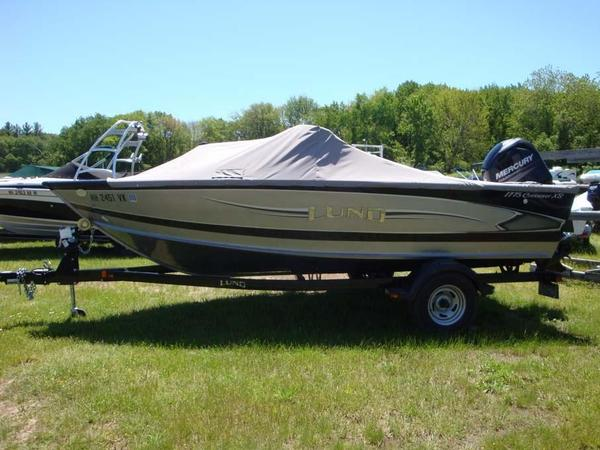 Used Lund 1775 Crossover XS Ski and Fish Boat For Sale