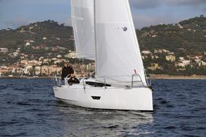 New Elan E3 Racer and Cruiser Sailboat For Sale