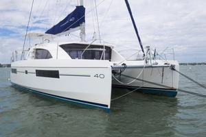 Used Robertson And Caine Leopard 40 Owners Version Catamaran Sailboat For Sale
