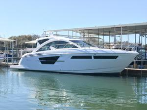 New Cruisers Yachts 54 Cantius Express Cruiser Boat For Sale