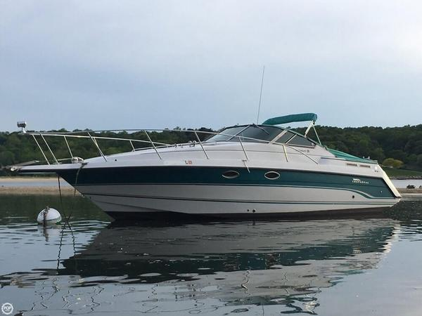 Used Chaparral 31 Signature Express Cruiser Boat For Sale