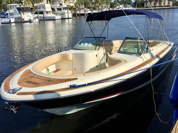 Used Chris Craft Launch 28 Bowrider Boat For Sale