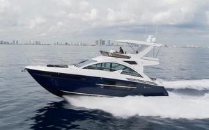 New Cruisers Yachts 54 Cantius Fly Flybridge Boat For Sale