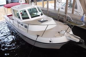 Used Albin 28 Tournament Express ENCLOSED HELM Downeast Fishing Boat For Sale