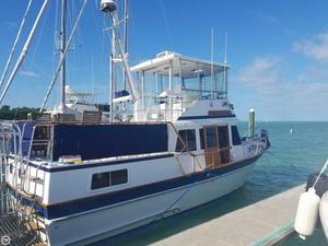 Used Senator 35 Sundeck Trawler Boat For Sale