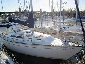 Used Islander Yachts 32 MK II Sloop Sailboat For Sale