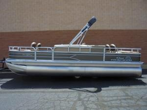 New Sun Tracker Fishin' Barge 22 DLX Pontoon Boat For Sale