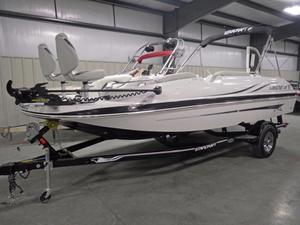 New Starcraft Limited 2000 IO Deck Boat For Sale