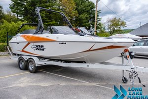 New Axis A22 Ski and Wakeboard Boat For Sale