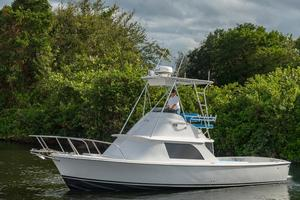 Used Bertram 31 FBC Flybridge Boat For Sale