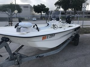 Used Mako PRO 17 SKIFF Flats Fishing Boat For Sale