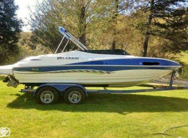 Used Larson 206 Senza High Performance Boat For Sale