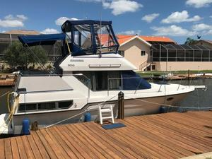 Used Carver 300 Aft Cabin Cruiser Motor Yacht For Sale