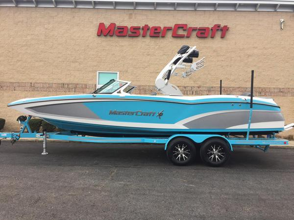 New Mastercraft X46X46 Ski and Wakeboard Boat For Sale