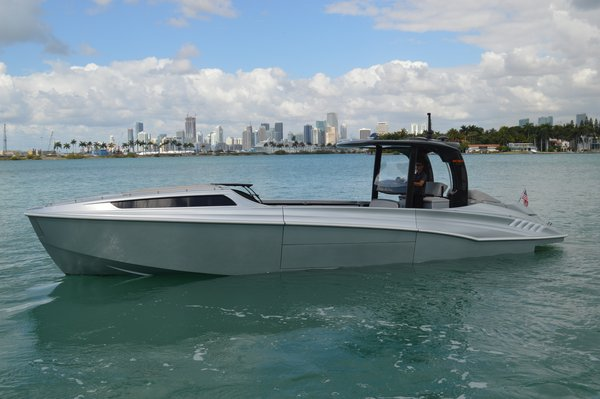 Used Wider 42c Center Console Boat For Sale