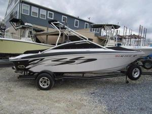 Used Four Winns 200 SS Horizon Bowrider Boat For Sale