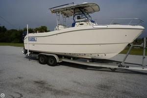 Used World Cat 246 Power Catamaran Boat For Sale