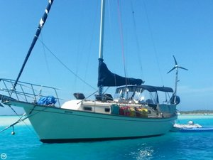 Used Island Packet 32 Racer and Cruiser Sailboat For Sale
