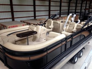 New Bennington 24 SCWX - Stern Lounge Pontoon Boat For Sale