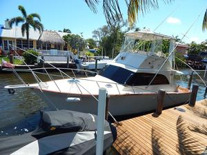 Used Pace 36 Convertible Sports Fishing Boat For Sale