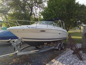 Used Sea Ray 215 Weekender Sports Cruiser Boat For Sale