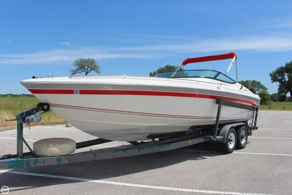 Used Wellcraft Nova ST 26 Express Cruiser Boat For Sale