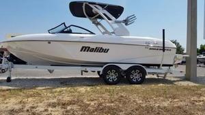 New Malibu 22VLX Ski and Wakeboard Boat For Sale