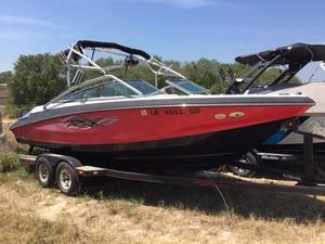 Used Regal 2200 RX Ski and Wakeboard Boat For Sale
