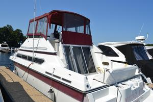 Used Carver 3867 Santego Flybridge Boat For Sale