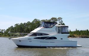 Used Carver 41 Cockpit Motor Yacht Aft Cabin Boat For Sale