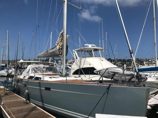 Used Hanse 470E Racer and Cruiser Sailboat For Sale