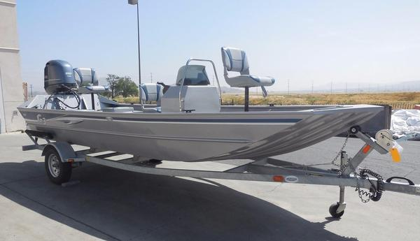Used G3 1860 CCJ Saltwater Fishing Boat For Sale