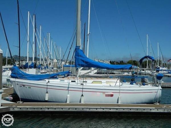 Used Columbia 30 Racer and Cruiser Sailboat For Sale
