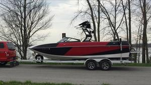 Used Moomba Ski and Wakeboard Boat Ski and Wakeboard Boat For Sale