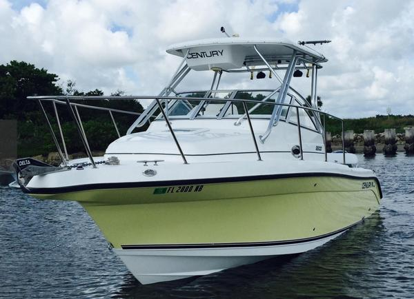 Used Century 2600 Walkaround Saltwater Fishing Boat For Sale
