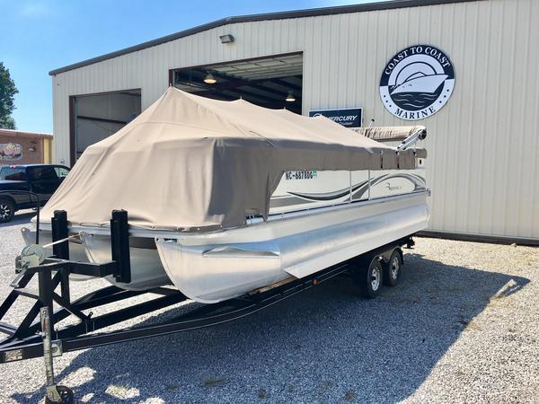Used Bennington 2275RL Pontoon Boat For Sale