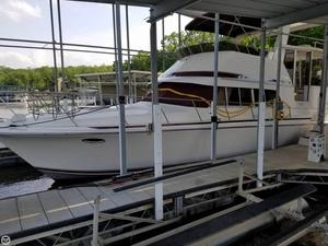 Used Trojan 12M Motor Yacht 402 Aft Cabin Boat For Sale