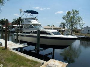 Used Chris-Craft Catalina 291 Bridge Cruiser Boat For Sale